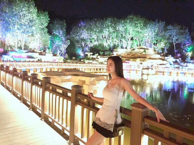 Bất ngờ trước những tấm ảnh đời thường nóng bỏng của Á hậu 2 Hoa hậu Việt Nam 2018 - Nguyễn Thị Thúy An-7