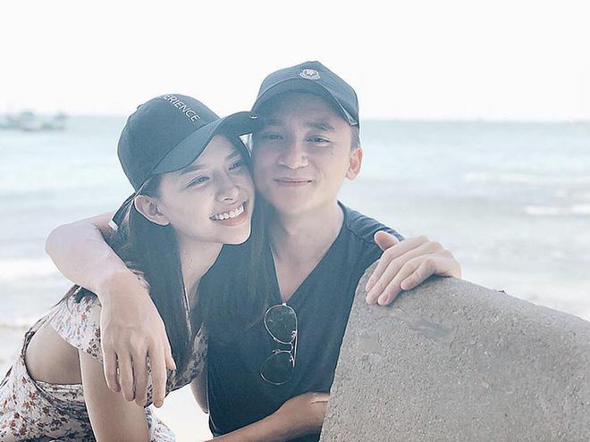 Chân dung cô gái Khánh Hoà vừa được Phan Mạnh Quỳnh cầu hôn trên biển-10