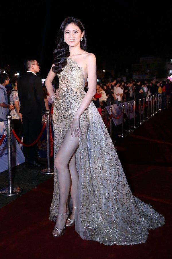 Mỹ nhân Việt đọ sắc trên thảm đỏ chung kết Hoa hậu Việt Nam 2018-5
