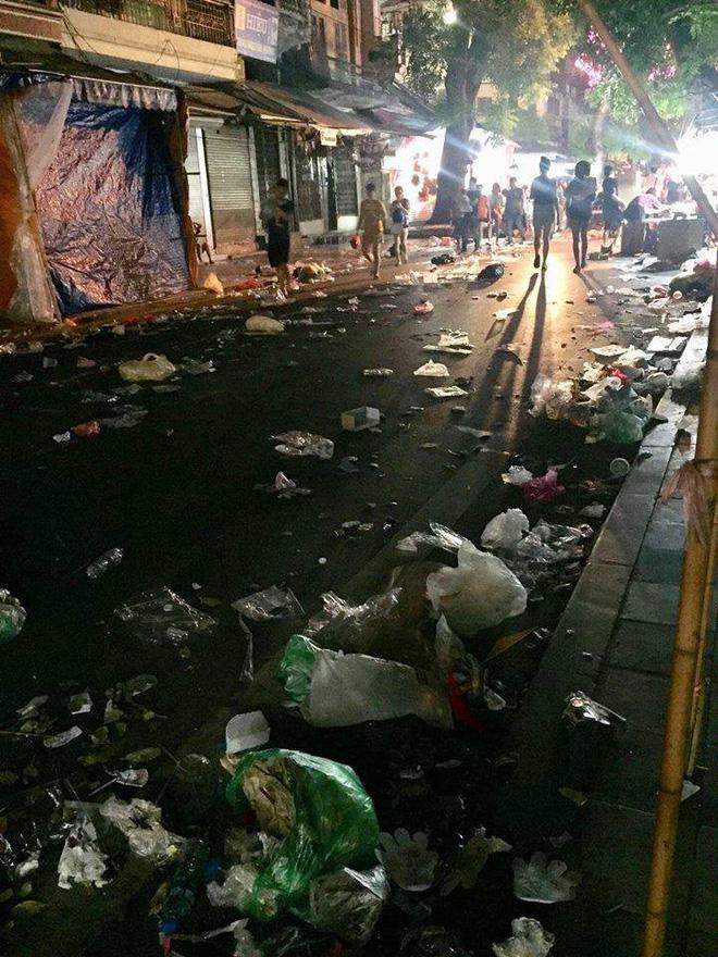 Hình ảnh Hà Nội bị đối xử tệ bạc khiến nhiều người phải bình luận: thật kinh khủng!-1
