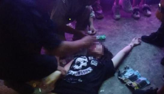 Xe cứu thương liên tục đưa thi thể nạn nhân ở đêm nhạc hội về quê-3