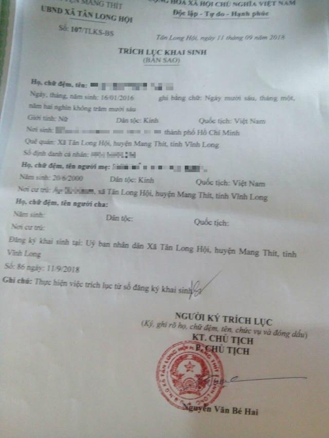 Con gái 15 tuổi bị xâm hại rồi sinh con, mẹ vẫn vô tư làm giấy khai sinh cho cháu-1