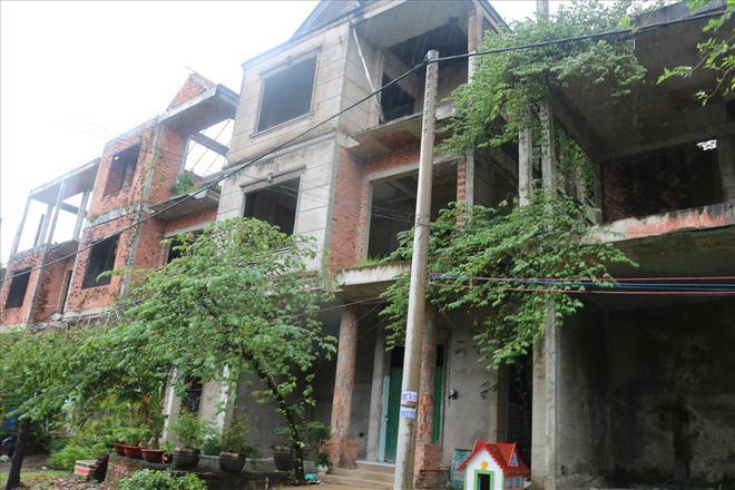 Vì sao khu biệt thự hạng sang bậc nhất Sài Gòn bỏ hoang phí nhiều năm?-6