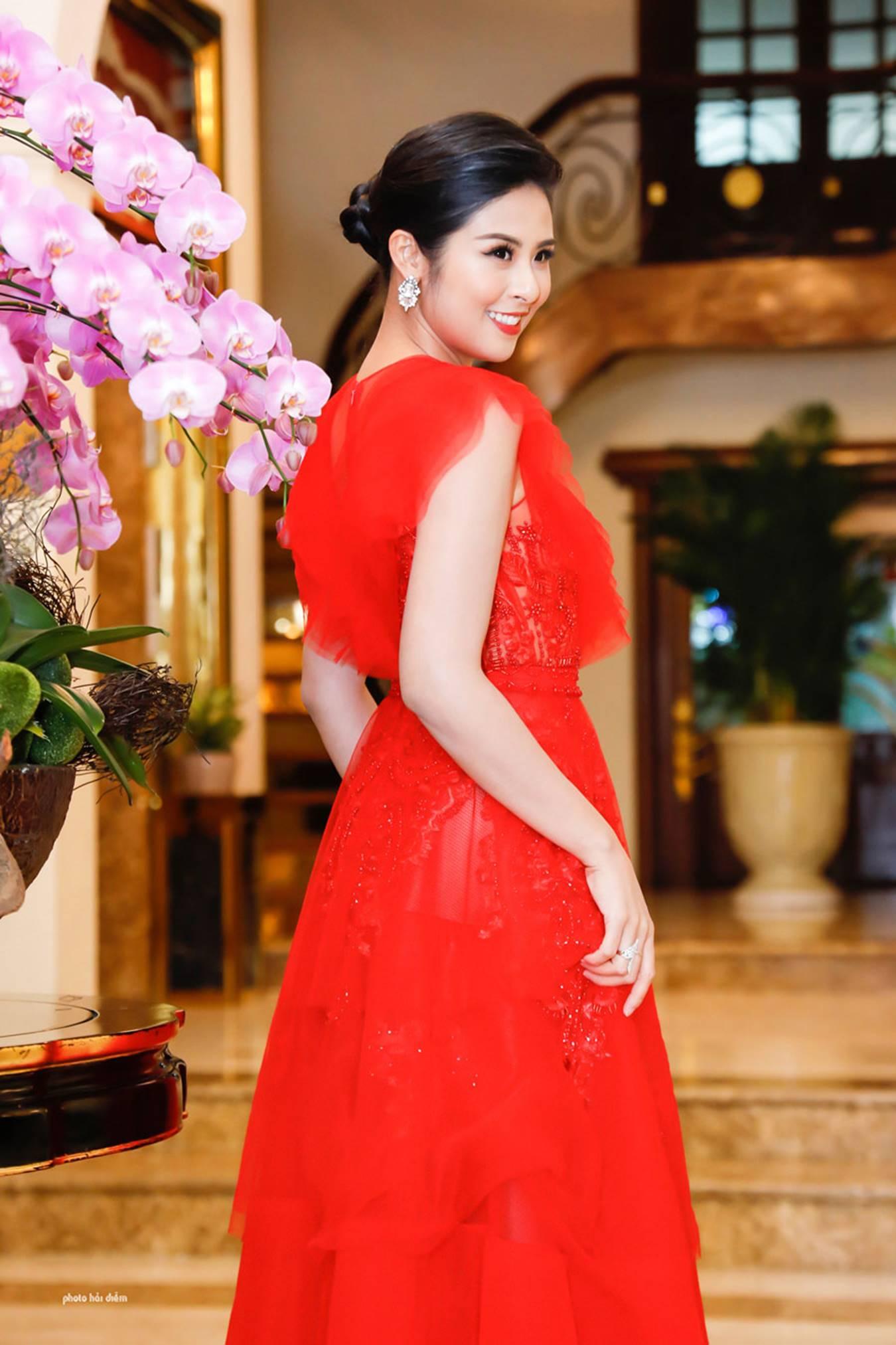 Hoa hậu Đỗ Mỹ Linh tái xuất gợi cảm sau khi trao lại vương miện-6
