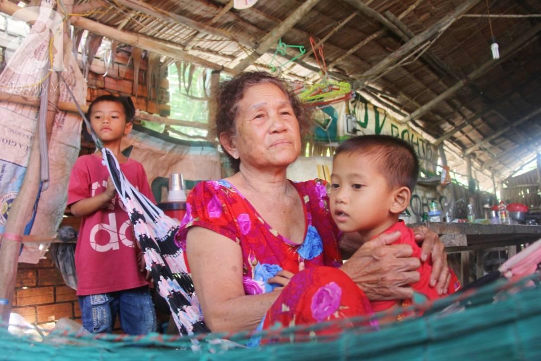 Mẹ bỏ đi lấy chồng, hai đứa trẻ 4 và 7 tuổi không được đi học, phải vào viện chăm cha bệnh tật-4