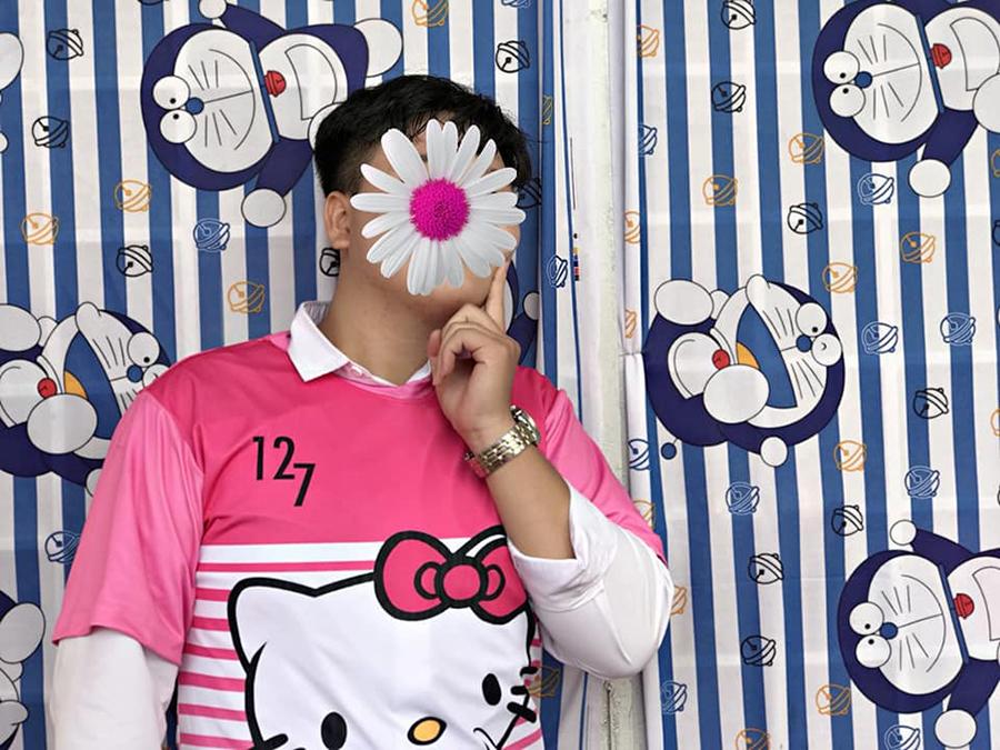 'Chơi lầy' cuối cấp, teen Vĩnh Long chọn luôn áo lớp màu hồng Hello Kitty-8