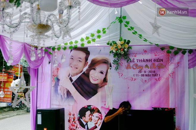 Khung cảnh đám cưới lãng mạn trong giờ phút cô dâu 61 tuổi chuẩn bị lên xe hoa về nhà chồng 26 tuổi-7