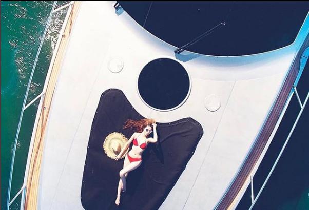 Những Hoa hậu chịu chơi của Vbiz: Mua hàng hiệu theo lố, đi du lịch sang chảnh ở khách sạn hàng chục triệu đồng/đêm-21