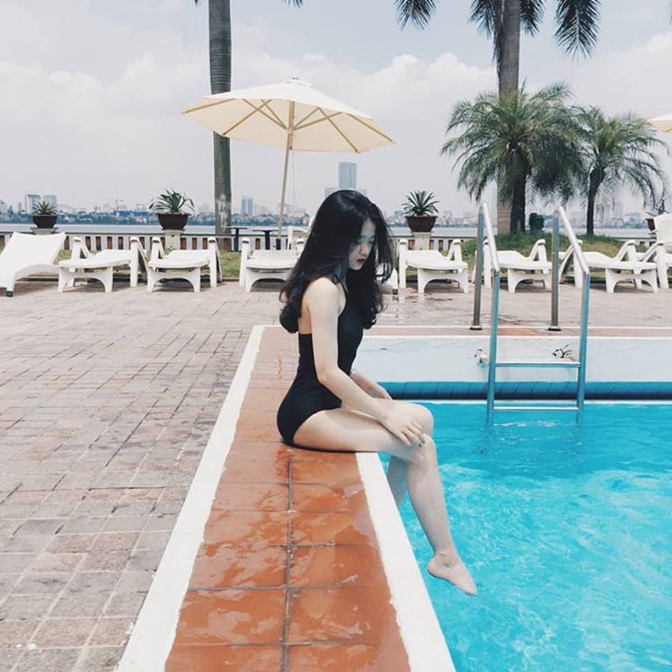 Hot girl Linh Ka phổng phao bất ngờ ở tuổi 16-1