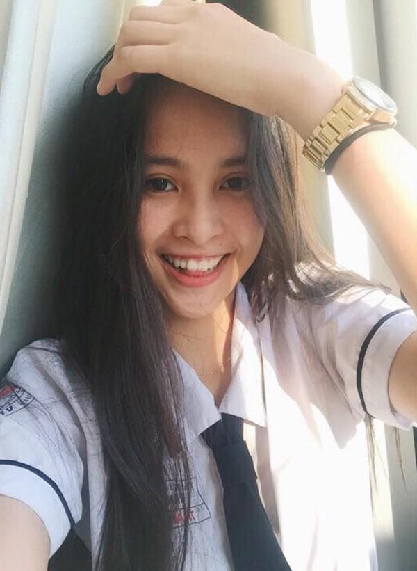 Sao Việt học cùng trường với Hoa hậu Tiểu Vy: Người trượt tốt nghiệp, kẻ điểm thấp lẹt đẹt-1