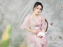 BTV Hoài Anh gây thương nhớ khi hóa thành chị Hằng Nga ngọt ngào bên thỏ trắng