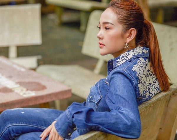 Mai Phương Thúy thừa nhận nhan sắc giống Trần Tiểu Vy-9