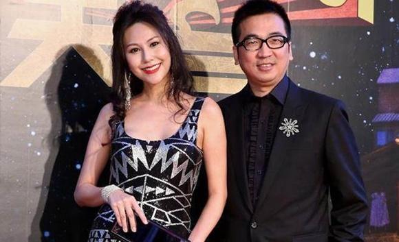 Hôn nhân địa ngục của siêu mẫu Đài Loan: Chồng vũ phu lại lăng nhăng, có con riêng với em gái kết nghĩa-13
