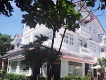 Cận cảnh biệt thự 40 tỷ đồng Vy Oanh đang rao bán