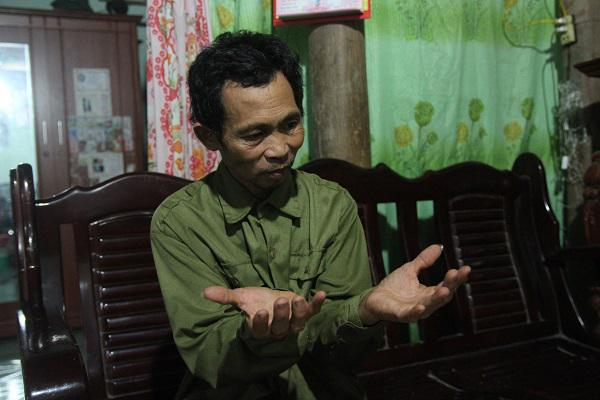 Người đàn ông 26 năm làm nghề bốc mộ và những lần giật bắn mình khi lật nắp áo quan-3