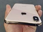 Apple Store thành chợ trời mua bán iPhone XS của người Việt-18