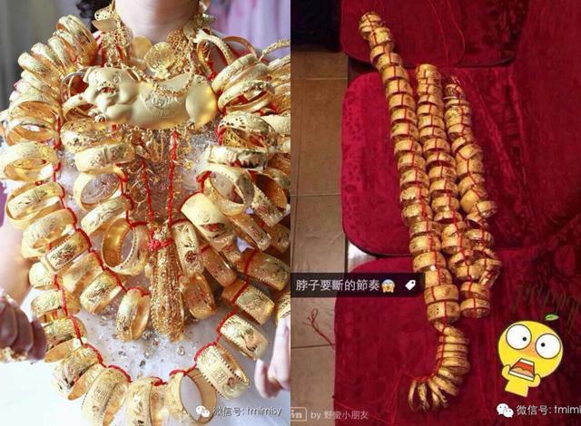 Cô dâu đeo vòng vàng nặng trĩu cổ, phải dùng hai tay đỡ mới chịu được-6