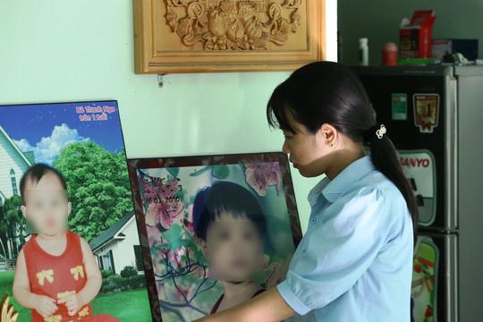 Vụ mẹ cầu cứu danh hài Hoài Linh vì nghi con chết oan: Đề nghị truy tố 2 tội danh-2