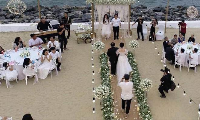 HOT: Nhã Phương sẽ mặc váy cưới xẻ đùi, che bụng khéo léo trong lễ cưới với Trường Giang-6