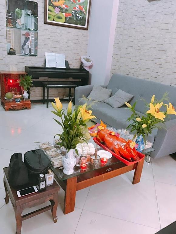 Sau ly hôn vẫn sống chung nhà, Tim và Trương Quỳnh Anh cùng nhau cúng Tổ nghề sân khấu-3