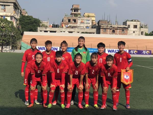 """ĐT Việt Nam lại đè bẹp"""" đối thủ ở sân chơi châu Á-2"""