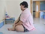 Cháu béo rụt cổ bà vẫn hãnh diện vì mát tay, bác sĩ thảng thốt bệnh ở mức nghiêm trọng-3