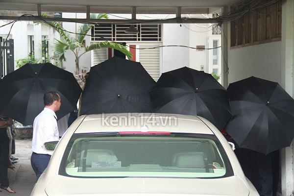 Những đám cưới được thắt chặt an ninh nhất Vbiz: bảo vệ phong tỏa mọi nơi, huy động cả ô đen để che chắn-3