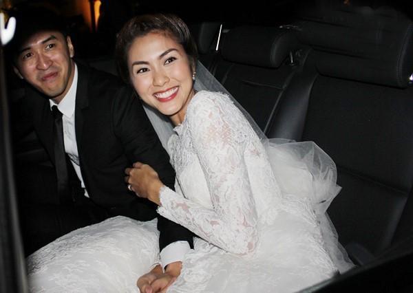 Những đám cưới được thắt chặt an ninh nhất Vbiz: bảo vệ phong tỏa mọi nơi, huy động cả ô đen để che chắn-5
