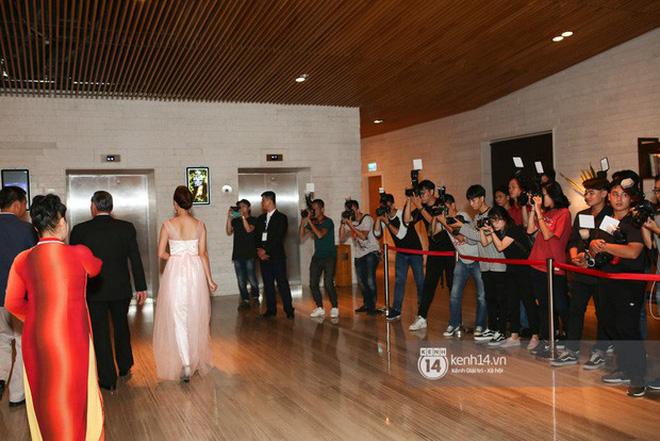 Những đám cưới được thắt chặt an ninh nhất Vbiz: bảo vệ phong tỏa mọi nơi, huy động cả ô đen để che chắn-7