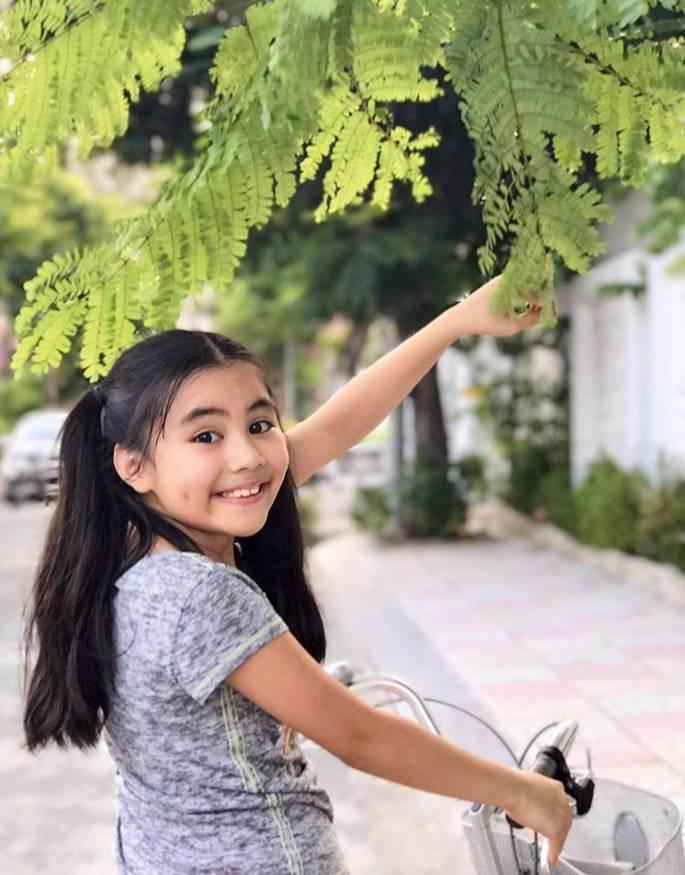 Sở hữu chiều cao vượt trội, con gái Quyền Linh được gọi là hoa hậu tương lai-10