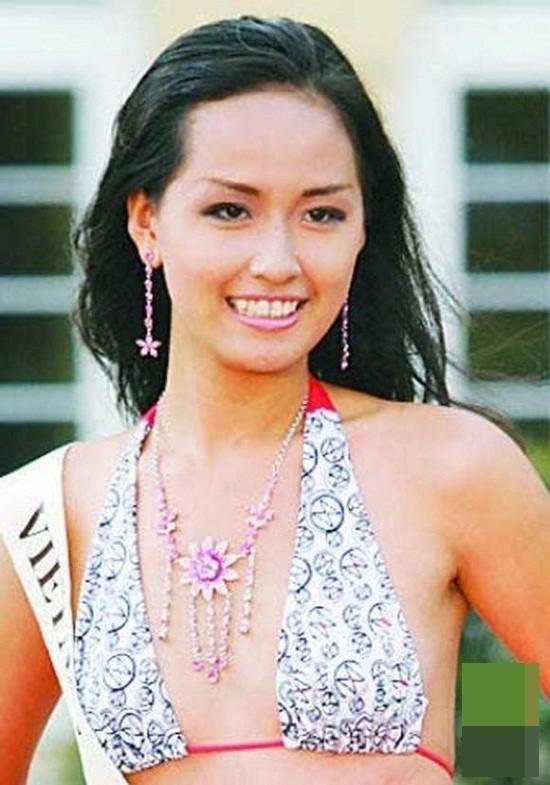 Hoa hậu Việt Nam ngày mới đăng quang: Người bị ném đá về nhan sắc, kẻ được cả truyền thông quốc tế tán dương-2