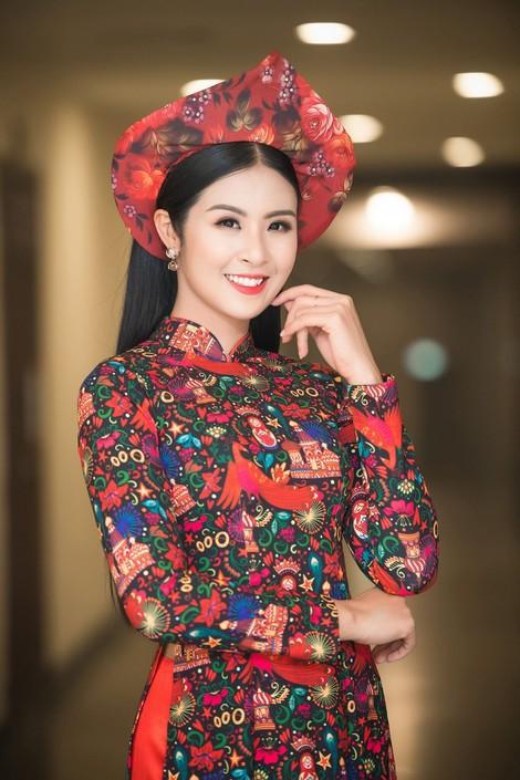 Hoa hậu Việt Nam ngày mới đăng quang: Người bị ném đá về nhan sắc, kẻ được cả truyền thông quốc tế tán dương-9