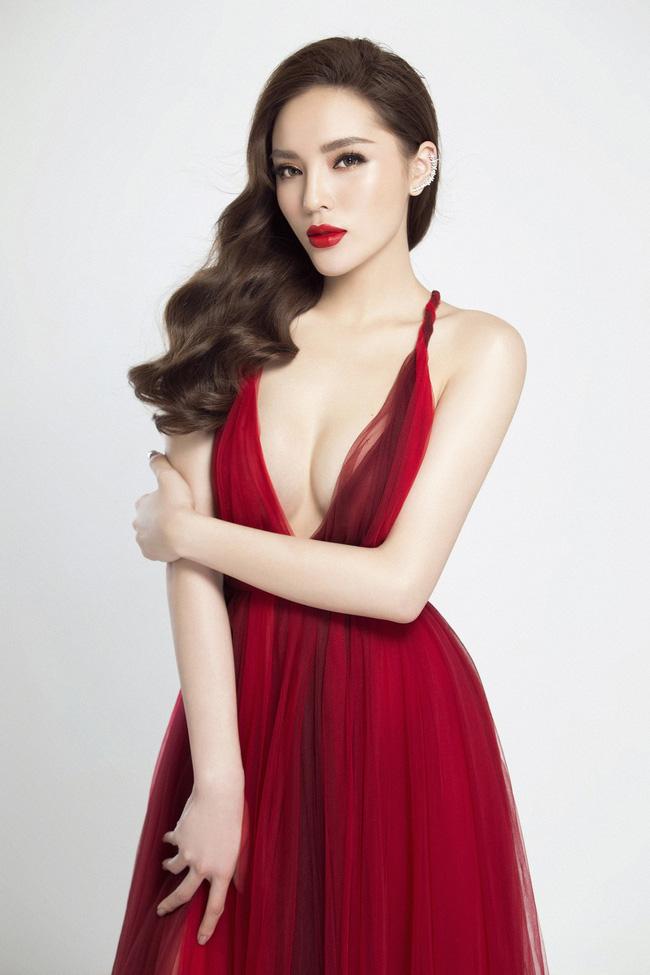 Hoa hậu Việt Nam ngày mới đăng quang: Người bị ném đá về nhan sắc, kẻ được cả truyền thông quốc tế tán dương-21