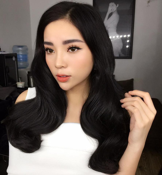 Hoa hậu Việt Nam ngày mới đăng quang: Người bị ném đá về nhan sắc, kẻ được cả truyền thông quốc tế tán dương-23