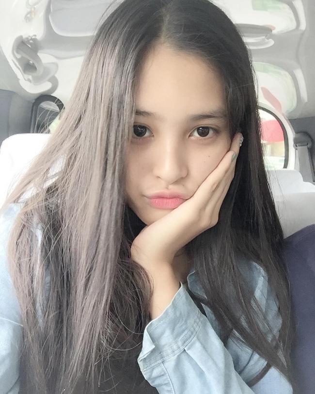 Hoa hậu Việt Nam ngày mới đăng quang: Người bị ném đá về nhan sắc, kẻ được cả truyền thông quốc tế tán dương-30