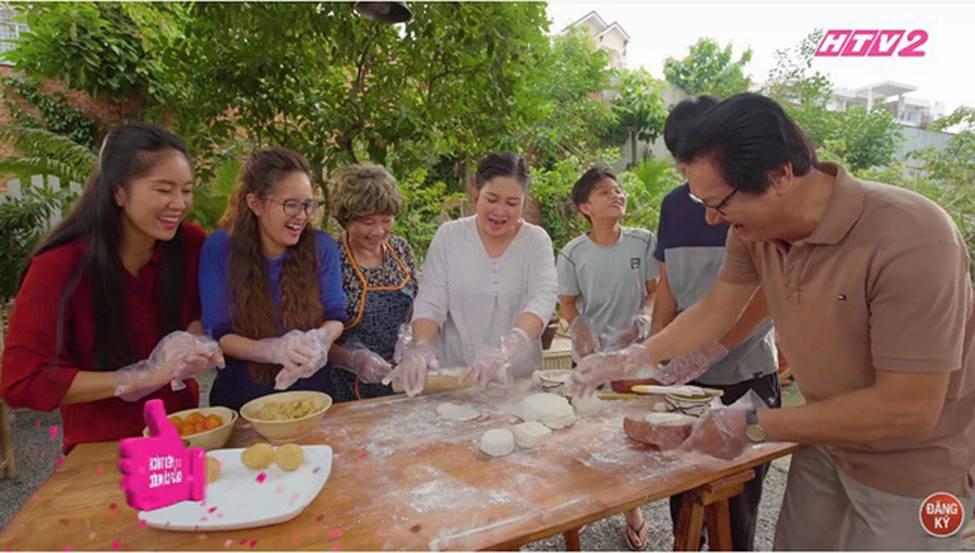 Gạo nếp gạo tẻ vô tình để lộ cảnh Hương - Tường về chung một nhà, fan thắc mắc Hân đang ở nơi đâu?-1