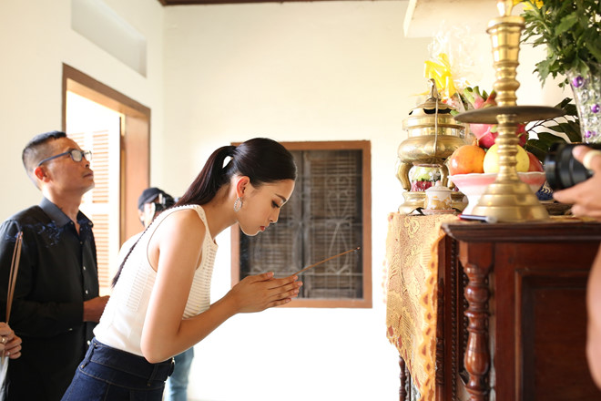 Gia đình Hoa hậu Tiểu Vy từng khó khăn, nay kinh doanh mặt phố đắt đỏ-3