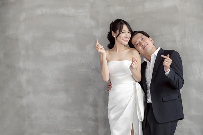 Lộ các bằng chứng Nhã Phương đã có bầu trước ngày cưới-8