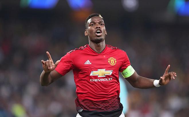Man Utd sảy chân, Pogba lại công khai gây chiến với Mourinho-1