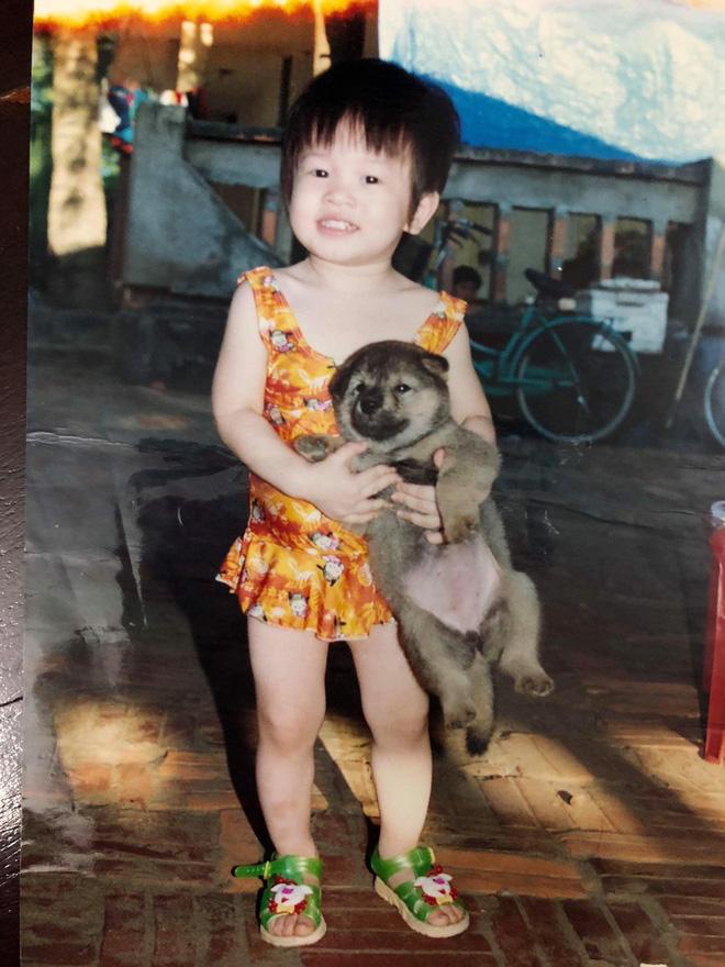 Ảnh thơ ấu của 3 cô gái xinh nhất Hoa Hậu Việt Nam 2018: Đã có người dậy thì thành công đến thế!-3