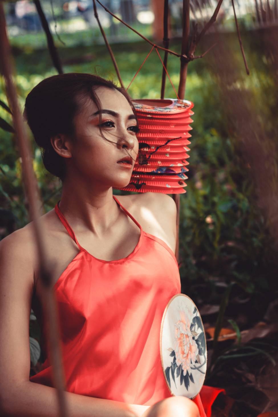 Mỹ nhân đầu trọc của Vietnam Idol bất ngờ tái xuất đầy mê hoặc sau 3 năm mất tích-18