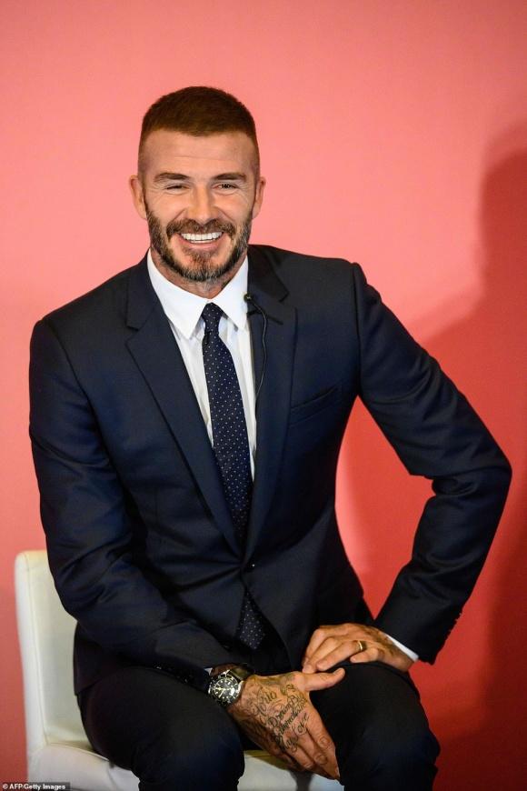David Beckham khoe diện mạo mới sau tin đồn trải qua cuộc cấy ghép tóc bí mật-4