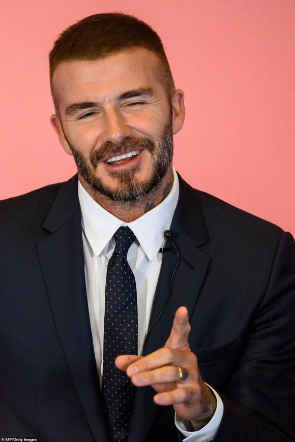 David Beckham khoe diện mạo mới sau tin đồn trải qua cuộc cấy ghép tóc bí mật-7