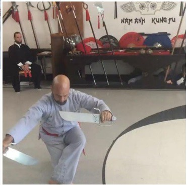 Cao thủ boxing Trương Đình Hoàng gặp gỡ Cung Lê, bỏ ngỏ kịch bản đấu Flores-3