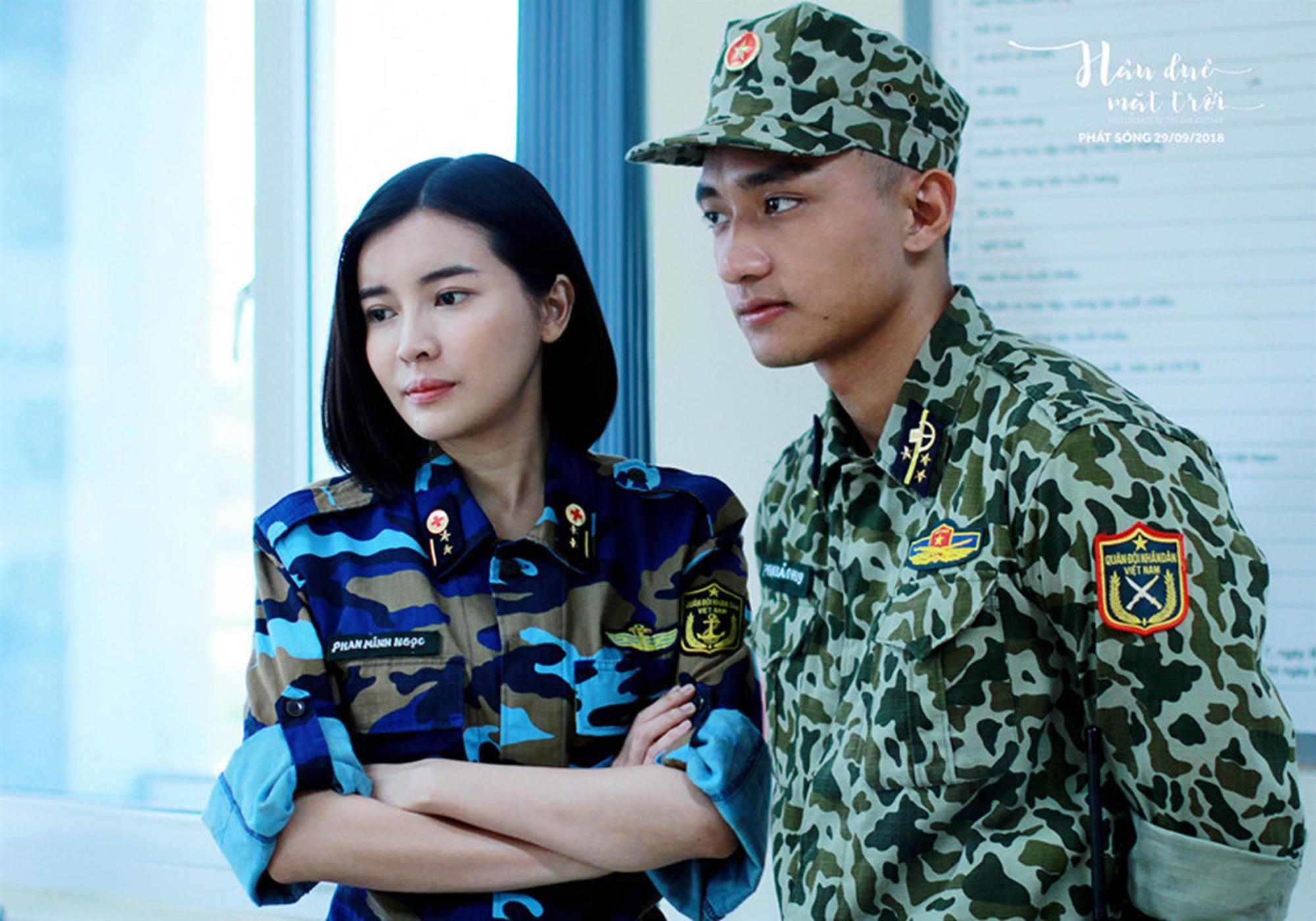 Hậu duệ mặt trời VN hé lộ trang phục quân nhân của dàn diễn viên-