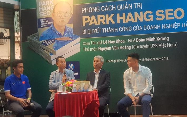 Đôi lời gửi ông Lê Huy Khoa - Trợ lý ngôn ngữ của HLV Park Hang Seo-2