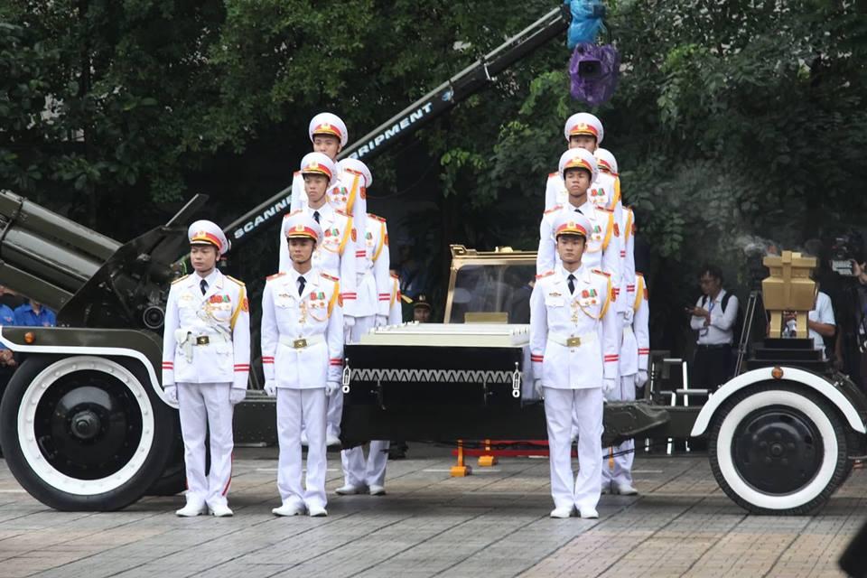 Di quan Chủ tịch nước Trần Đại Quang về với đất mẹ-42