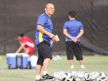 Tuyển Việt Nam chuẩn bị AFF Cup: Thầy Park vượt khó thế nào?