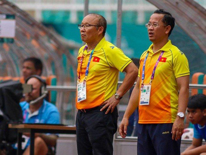 Tuyển Việt Nam chuẩn bị AFF Cup: Thầy Park vượt khó thế nào?-1