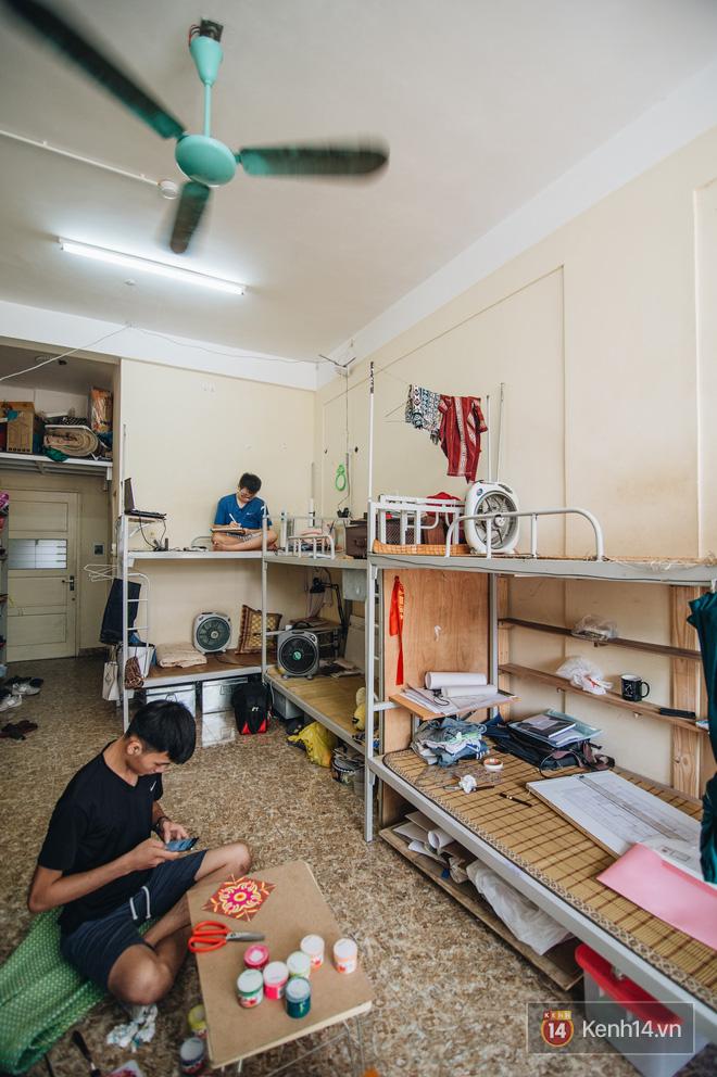 Khám phá ký túc xá của ngôi trường có kiến trúc đẹp nhất nhì Việt Nam, nơi sinh viên ăn-ngủ-sinh hoạt cùng bảng màu, giá vẽ-9